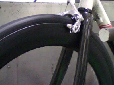 FLO Cycling – Carbon Clincher Brake Track Testing